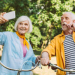 Easy Ways to Help Seniors with Technology